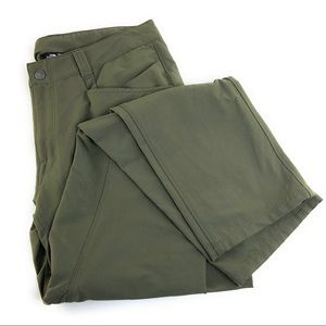 32x32 North Face Men's Olive Pants